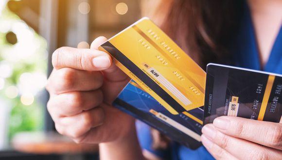 Bancos deberán ofrecer tarjeta de crédito sin membresía. (Foto: iStock)