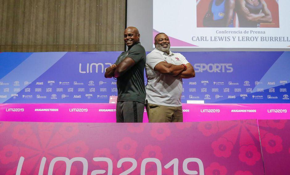 Carl Lewis y Leroy Burrel visitaron el nuevo estadio de atletismo de los Juegos Panamericanos Lima 2019 (Foto: https://www.lima2019.pe).