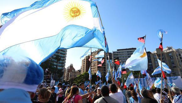 Una misión del FMI, que se quedará hasta el 19 de febrero en Argentina, busca conocer la estrategia de las autoridades para abordar la situación de la deuda.