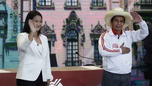 Pedro Castillo y Keiko Fujimori a la expectativa del resultado final del conteo de votos a cargo de la ONPE. (Fotos Hugo Pérez / GEC)