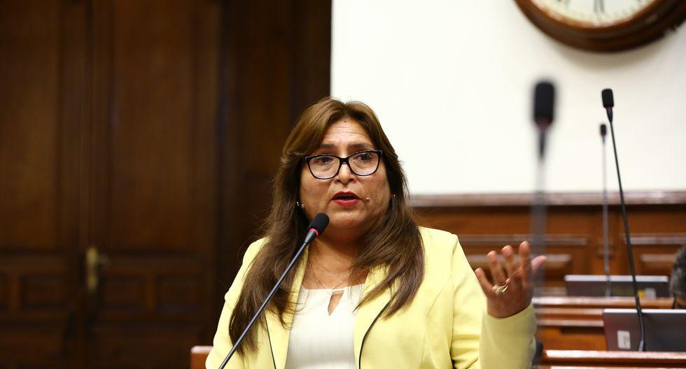 La congresista Betty Ananculi habría colocadopresuntamente información falsa en su hoja de vida. (Foto: Congreso de la República)