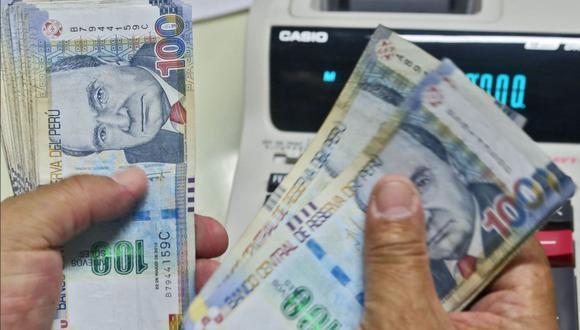 Como todos los años, la entidad encargada de fijar el valor de la UIT es el Ministerio de Economía y Finanzas (MEF). Para el 2021, el valor es S/4.400. (Foto: Andina)