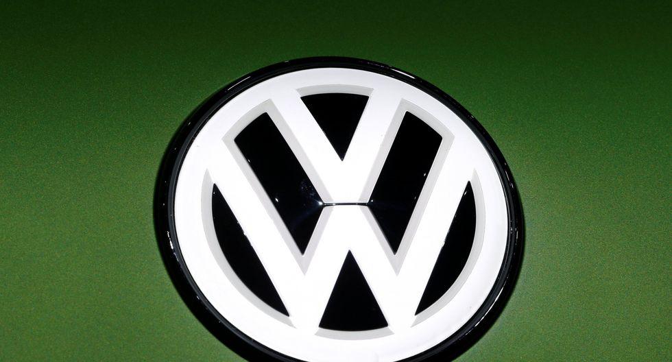 Volkswagen planea introducir modernos sistemas de tecnología de la información que reemplazaría varias funciones de sus trabajadores. (Foto: Reuters)