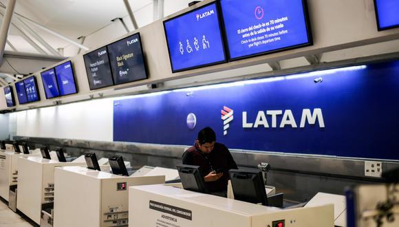 La aerolínea Latam restablecerá desde este junio algunas de sus rutas entre Europa y América Latina. (Foto: AFP)