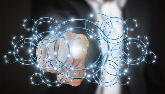 En su lucha por seguir siendo relevante, IBM ha vinculado su futuro a tecnologías más nuevas como la inteligencia artificial y los servicios en la nube. (Foto: Pixabay)