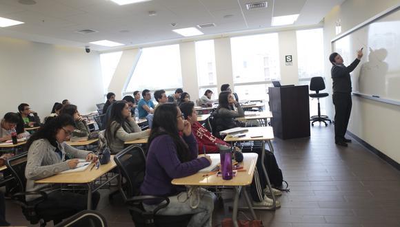 Estudiantes afectados por la paralización económica podrán postular a la beca para continuidad de estudios. (Foto: GEC)