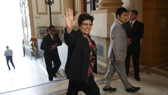 La congresista Rosario Paredes es acusada de pedir a una empleada que deposite a otros la mitad de su sueldo. (Foto: GEC)