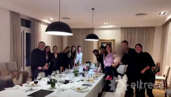 Imagen de la celebración del cumpleaños de la primera dama Fabiola Yáñez en la residencia presidencial durante lo más duro de las restricciones sanitarias del año pasado en Argentina. (Captura de video/YouTube).