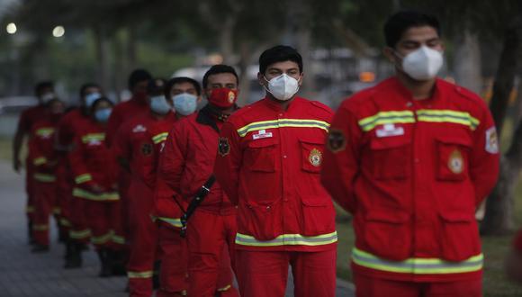 Los bomberos son parte de la primera línea de defensa. (Foto: César Grados/GEC)