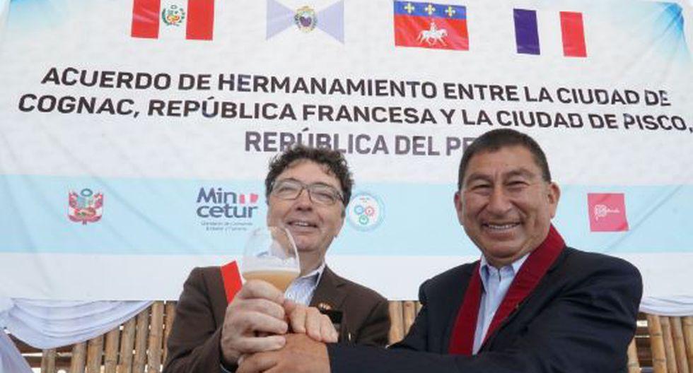 """Perú y Francia presentaron hoy el coctel """"PisCognac Sour"""". (Foto: Andina)."""
