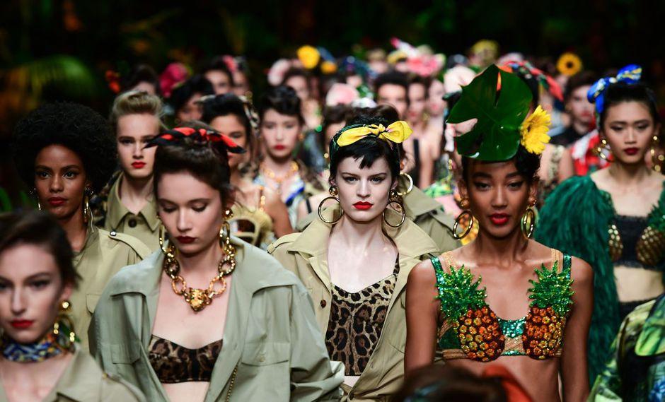 """Dolce&Gabbana llevan el estampado animal al extremo con su """"jungla"""" (Foto: AFP)"""