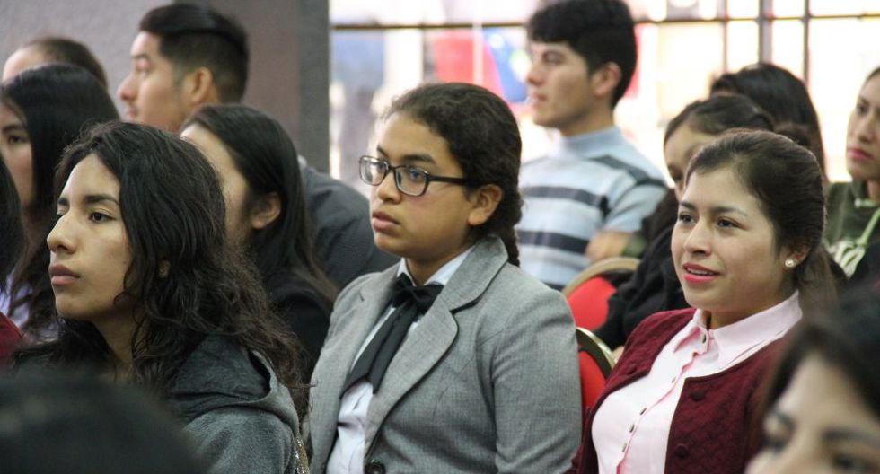 Un total de 69 becas corresponden a pregrado para estudiantes de universidades. (Foto: Difusión)
