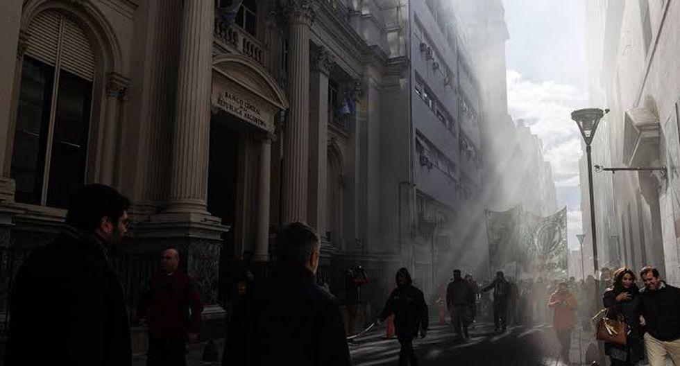 El banco central ha logrado acumular reservas por más de US$ 1,000 millones al imponer controles aún más estrictos a las compras en dólares después de la elección de Fernández en octubre. (Foto: Bloomberg)