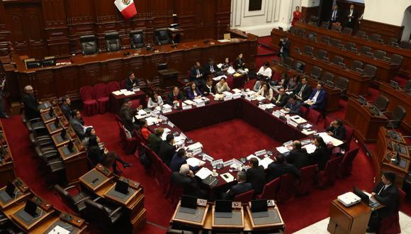Comisión de Constitución sesionó sin representantes del Ejecutivo. (Foto: Alessandro Currarino / GEC)