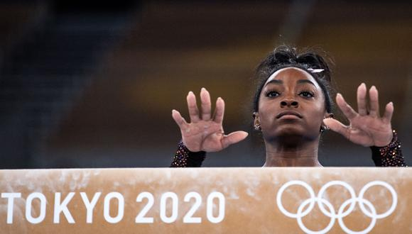 Simone Biles aspira a convertirse en la primera mujer en ganar dos oros olímpicos consecutivos en más de medio siglo. (Foto: AFP)