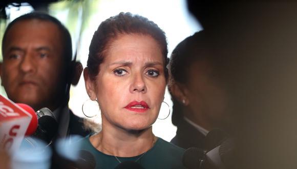 """Mercedes Araoz consideró que el fiscal Pérez Gómez """"está politizando la justicia"""" y dijo sentirse indignada por la situación que vive Pedro Pablo Kuczynski. (Foto: Andina)"""