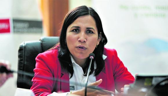 La exministra de Educación, Flor Pablo, es parte de la plancha presidencial de Julio Guzmán en las elecciones internas del Partido Morado. (Foto: PCM)