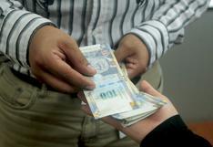 Sueldos: ¿En qué sectores subieron y en cuáles bajaron las remuneraciones en el último año?