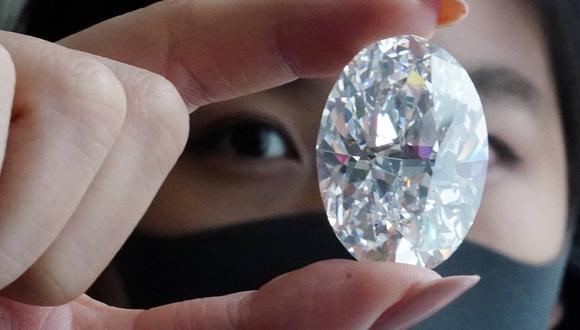 El diamante se venderá en una acción de un solo lote sin un precio de reserva en Sotheby's en Hong Kong el 5 de octubre. (Foto: Reuters)
