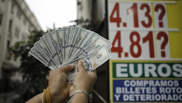 Cotización del dólar cerró la jornada del viernes en S/ 4.07, a pesar que el Banco Centra de Reserva (BCR) intervino con una venta de US$ 293 millones para atenuar la alta volatilidad del tipo de cambio. (Foto: GEC)