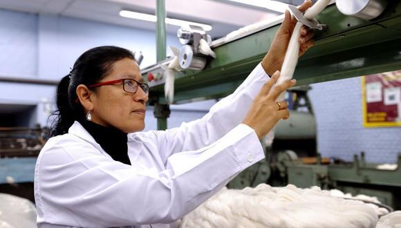 Los investigadores esperan que la tela se comercialice en el mercado peruano. (Foto: Andina).