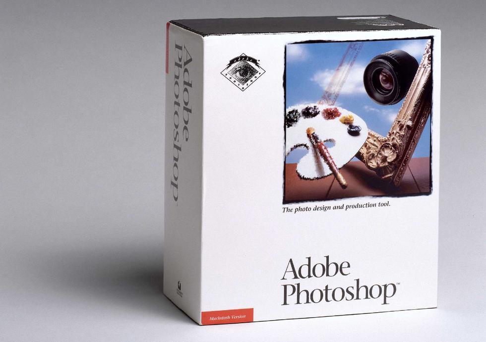 Fascinados por la tecnología y el arte, los hermanos Thomas y John Knoll notaron la falta de funciones de edición de fotos en las computadoras y decidieron codificar algunas propias. Después de años de desarrollo a fines de la década de 1980, los hermanos Knoll buscaron inversionistas y finalmente llamaron la atención de Adobe. (Foto: Difusión)
