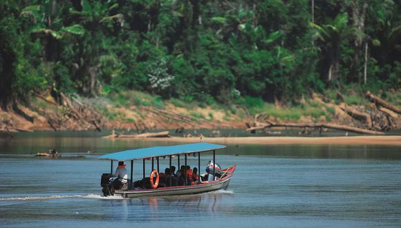 FOTO 1 | Su importancia ha permitido convertirla en generadora de oportunidades a través del aprovechamiento de los recursos naturales que realizan los pobladores de la Asociación de Artesanos de Boca Manu al interior del área natural protegida, convirtiéndolos en aliados de la conservación