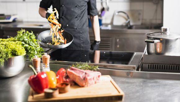 El rubro de operaciones de los restaurantes se encuentran en la Fase 1 (Foto: Freepik)