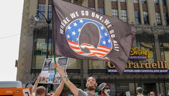El grupo, minoritario en sus orígenes, fue trasladando sus pesquisas de 4chan a las redes mayoritarias -Reddit, Twitter, YouTube y Facebook- hasta ganar gran presencia este año. (Foto: AFP).