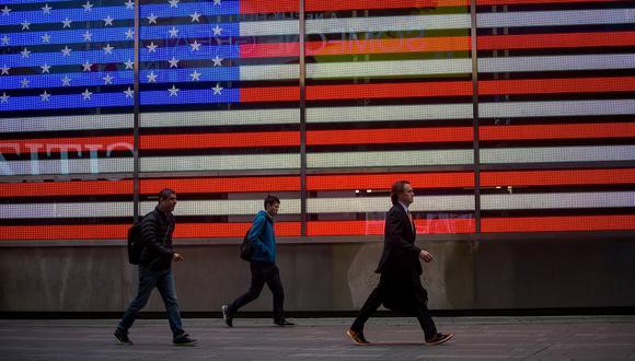 """""""Esto no está acumulando estímulo sobre estímulo"""", dijo el funcionario. """"Esto está abordando un problema a largo plazo durante más tiempo. Es un plan de una década para solucionar problemas de 40 años"""", agregó. Photographer: Michael Nagle/Bloomberg via Getty Images"""