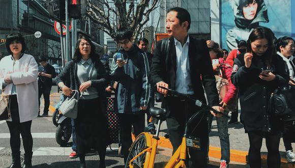 La decisión de Estados Unidos de poner en la lista negra a Huawei no va a afectar la vida móvil de los chinos.