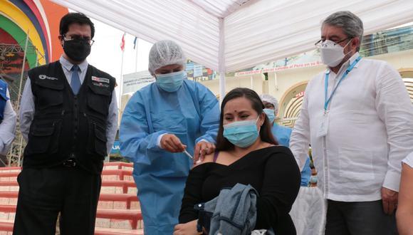 Hoy inició en Tumbes, la estrategia de vacunación binacional contra el COVID-19 entre Perú y Ecuador. (Foto: Minsa)