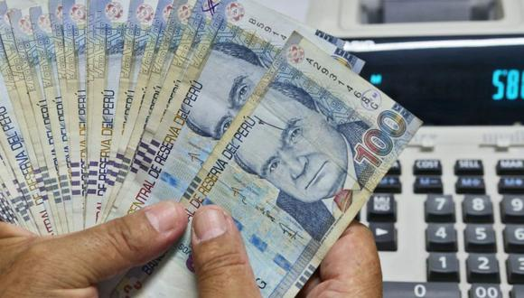 Los créditos y préstamos son productos que las personas y empresas contratan con entidades bancarias o financieras. (Foto: Andina)