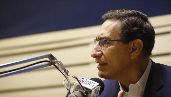 Entrevista en la Radio Santa Rosa (FOTO: Presidencia)