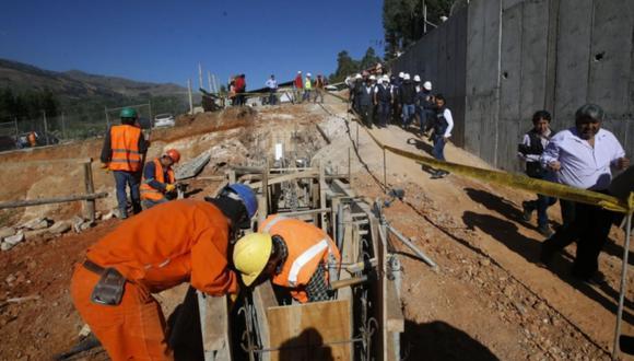 La certificación otorgada por el OSCE es necesaria para quienes trabajen o deseen trabajar en las áreas encargadas de las contrataciones de las entidades públicas. (Foto: Andina)