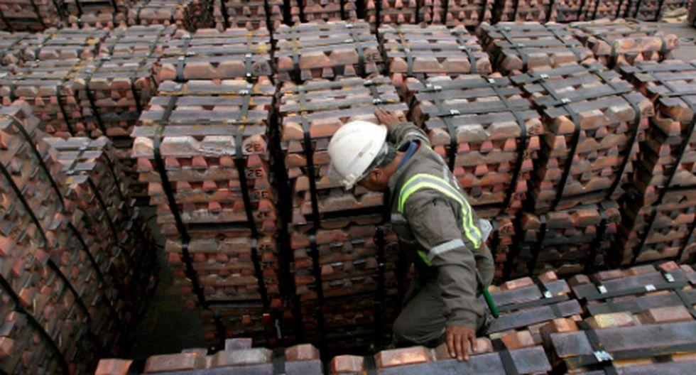 Una subida del dólar hace que el cobre, que cotiza en el billete verde, resulte más caro para las empresas que no son estadounidenses. (Foto: Reuters)