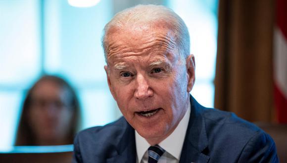 """Además, Biden apuntó que están revisando la política de remesas para """"maximizar el apoyo al pueblo cubano"""" y aseguró que se han comprometido a reponer el personal en la Embajada estadounidense en La Habana. (Foto: EFE)"""
