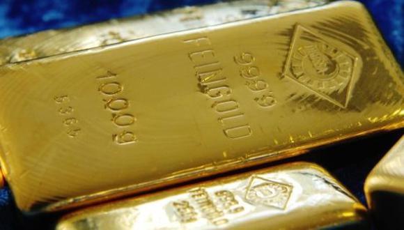 Los futuros del oro en Estados Unidos bajaban un 0.7% a US$ 1,549.70 la onza. (Foto: Reuters)