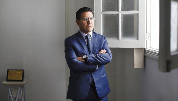 El procurador Amado Enco indicó que la Fiscal de la Nación no tiene imparcialidad para investigar al presidente Martín Vizcarra por el caso Richard Swing. (Foto: GEC)