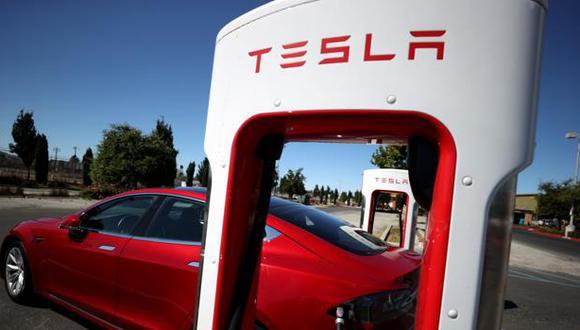 Una ola de entusiasmo verde arrasa los mercados. Tesla, fabricante de vehículos eléctricos, tiene mayor valorización que las siguientes ocho automotrices juntas. (Foto: Reuters)