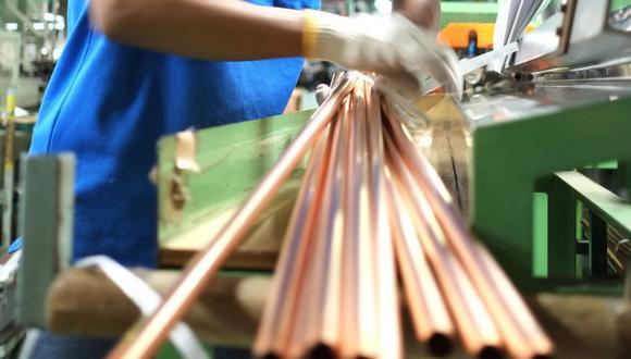 El cobre caía luego de llegar el 8 de enero a los US$ 8,238, máximo de ocho años. (Foto: Reuters)