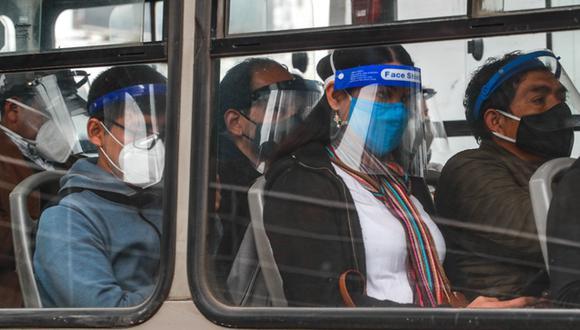 Dicha medida tiene como finalidad evitar el riesgo de contagio de los usuarios cuando se movilicen en los vehículos públicos. (Foto: MTC)