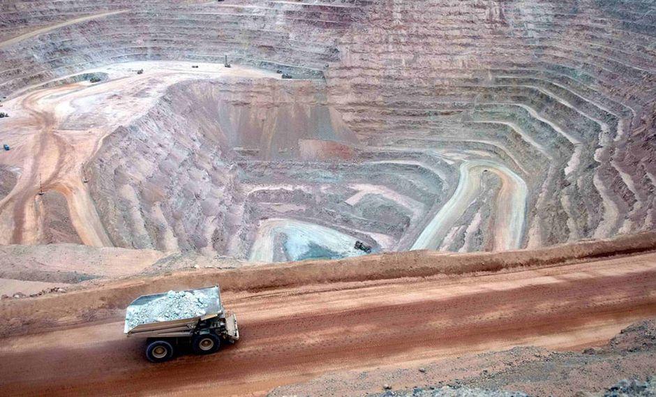 FOTO 1   En el sector minería se proyecta la inversión de US$ 9,800 millones, por los proyectos Quellaveco, Mina Justa y la Ampliación de Toromocho.