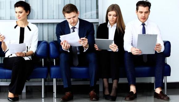 Los errores más comunes que las personas que están en busca de trabajo comenten a la hora de elaborar un CV. (Foto: Shutterstock)