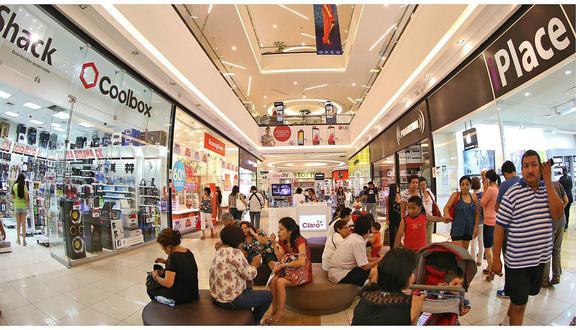 """Consumidores peruanos. """"En términos generales, el 82% de peruanos está dispuesto a cambiar de marca en función de la promoción en cualquiera de las categorías"""", dijo Rafael Agudo, managing director and partner de BCG."""