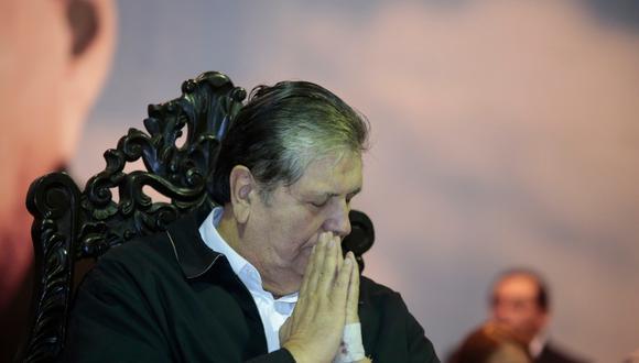 """En una directa referencia, """"Chalán"""" se ganó el apodo por ser el guardián de """"Caballo Loco"""", sobrenombre que García obtuvo durante su primera presidencia."""