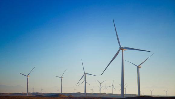 Perú se ha marcado como objetivo para el 2030 cubrir el 15% de su demanda energética con energías renovables, triplicando su capacidad actual.