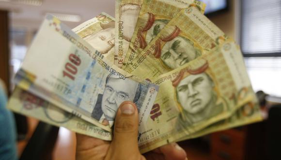 Foto 7   Pagar las deudas de las compras con tarjeta de crédito (en cuotas o revolvente). La tasa promedio de consumo de TC es de 52%. Hay que empezar a pagar primero las deudas con una mayor TCEA. (Foto: USI)