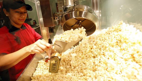 """""""Los propietarios bromean acerca de estar en el negocio de los caramelos"""", dijo Howard Edelman, propietario de Movieland Cinemas, una cadena independiente de cines en el área de Long Island, Nueva York (Foto: Andina)."""