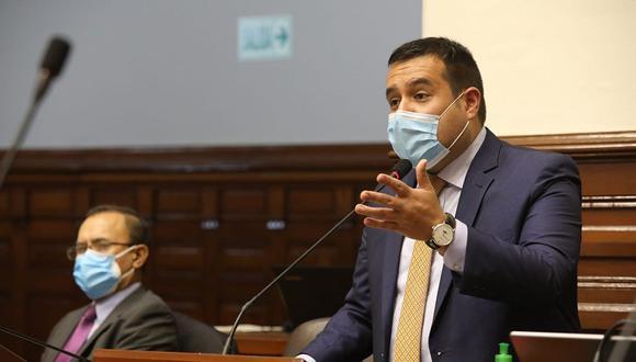 Franco Salinas fue elegido como nuevo vocero titular de Acción Popular. (Foto: Congreso)